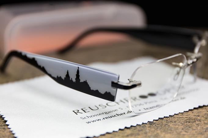brillenbügel-im-pirna-design-produktphotographie-pirna-unikat-pirnaer-reuscher-optik-mario-kegel-photok